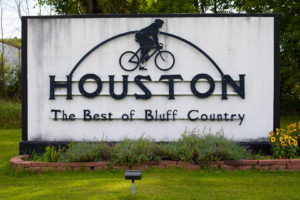 Houston, Minnesota - The Best of Bluff Country